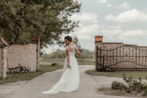 esküvői-pár-lantai-birtok-3-4
