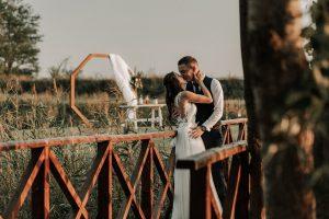 esküvői-pár-lantai-birtok-4-7